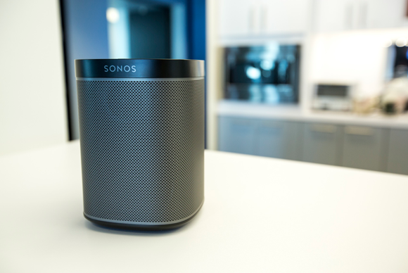 sonos play 1 review a powerful gateway drug to the sonos. Black Bedroom Furniture Sets. Home Design Ideas
