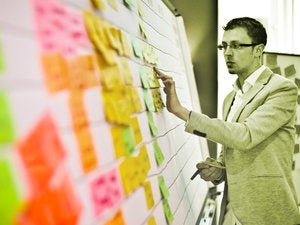 How to choose the right project management methodology